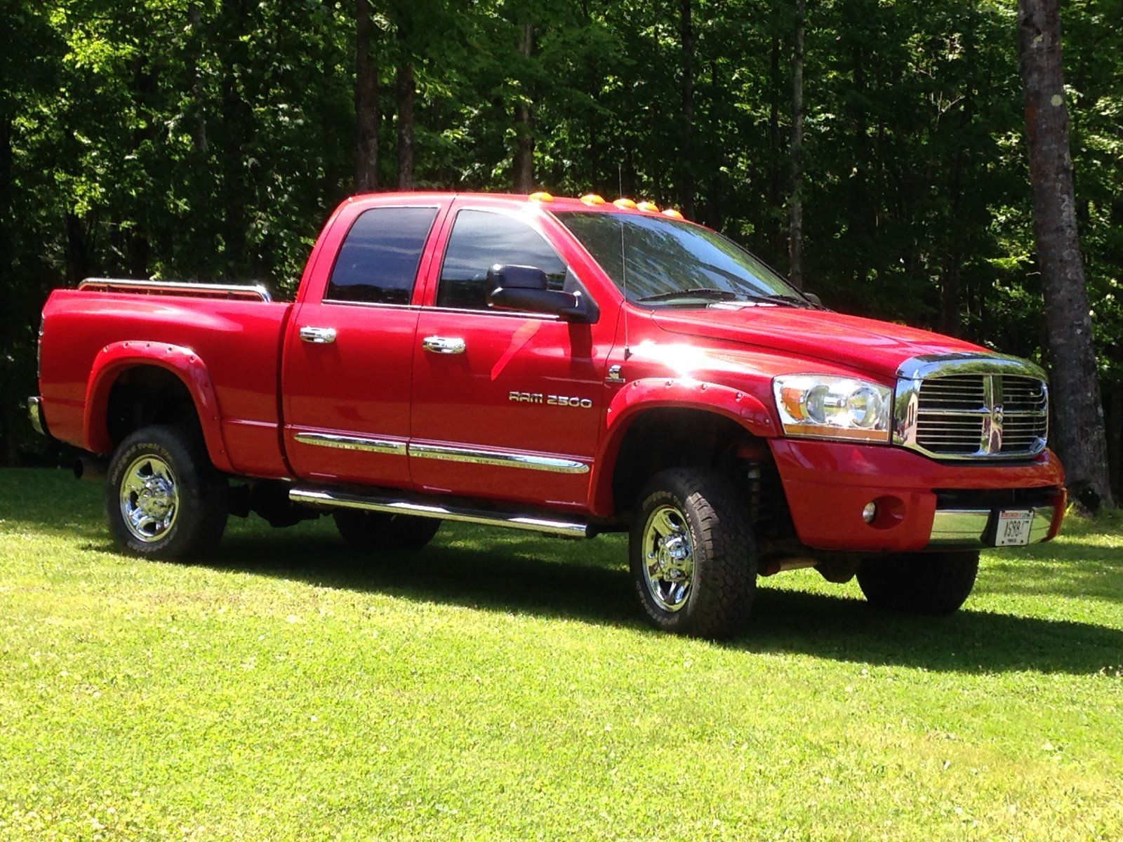 2006 Dodge Ram 2500 Laramie lifted for sale
