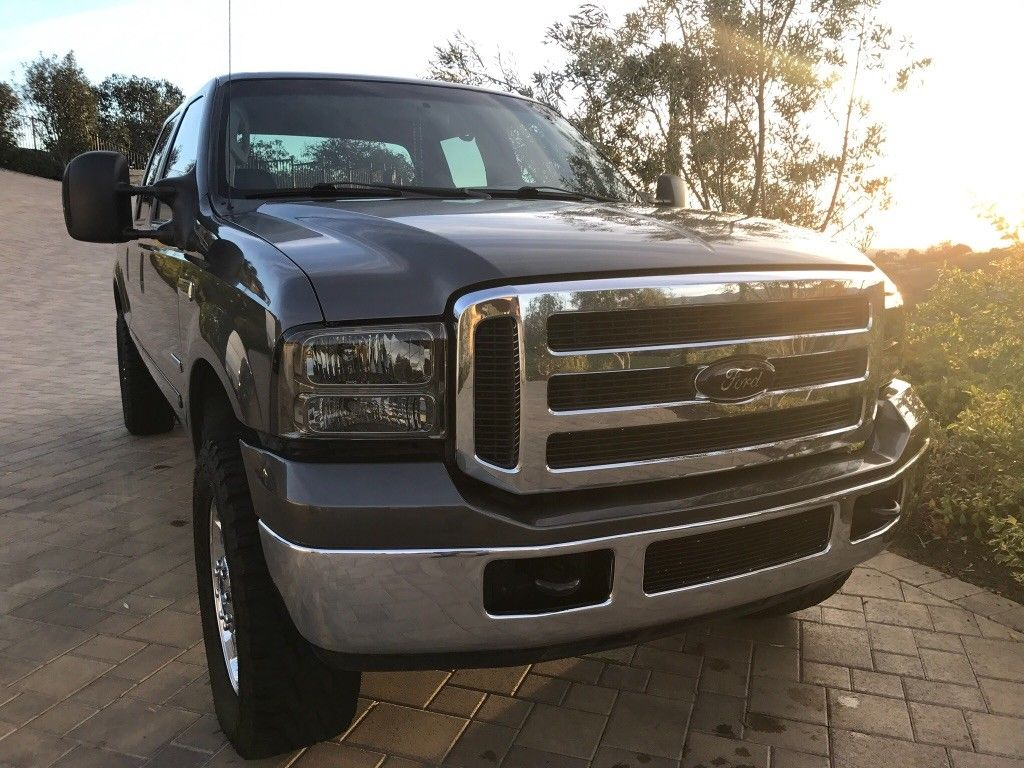 custom interior 2005 Ford F 250 lifted for sale