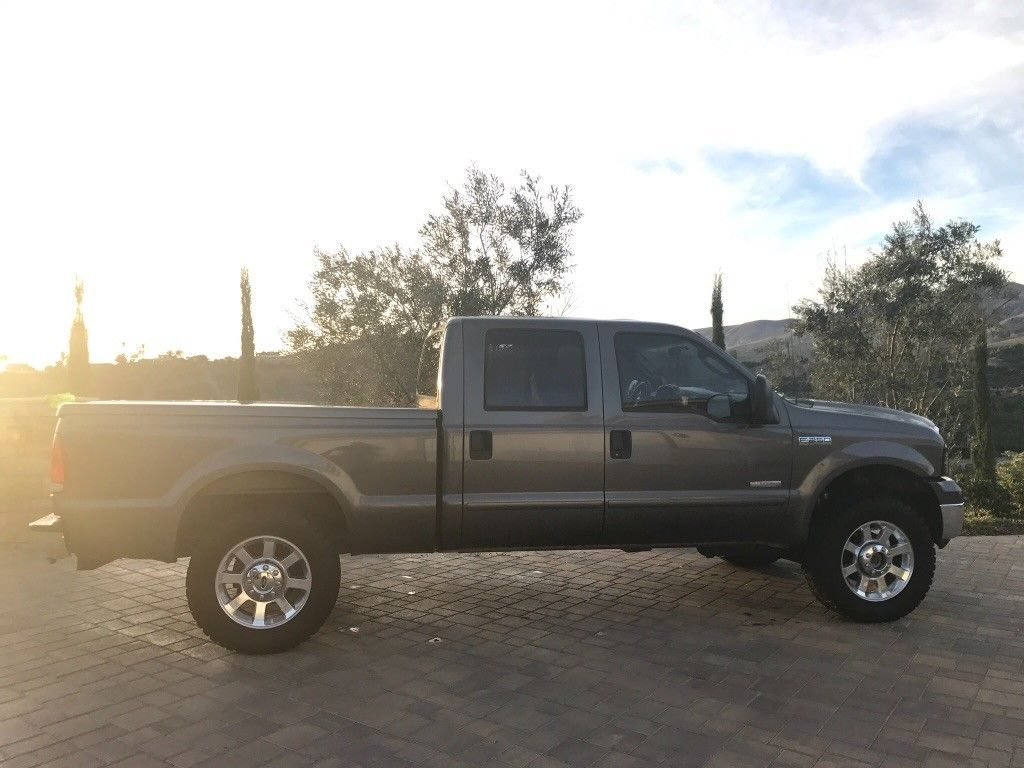 custom interior 2005 Ford F 250 lifted