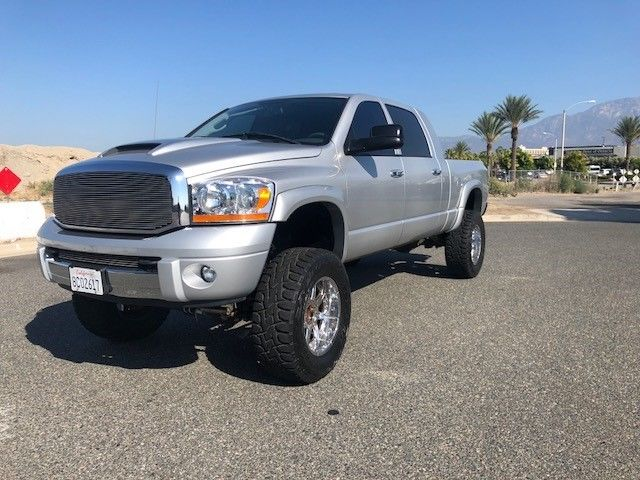 fully loaded 2006 Dodge Ram 2500 Laramie lifted for sale