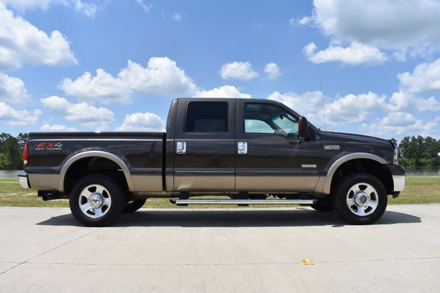 great shape 2005 Ford F 250 Lariat lifted