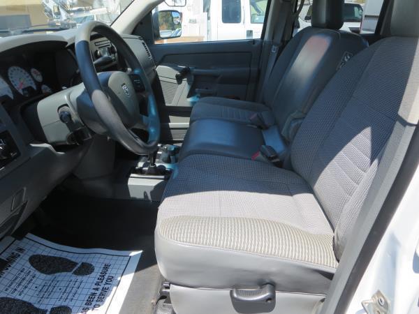 great shape 2006 Dodge Pickups SLT lifted