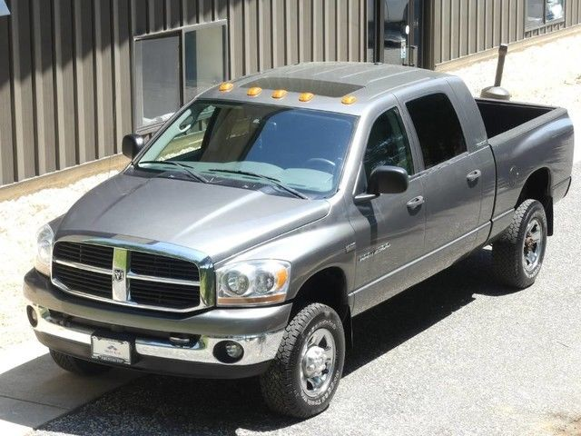 solid 2006 Dodge Ram 2500 lifted
