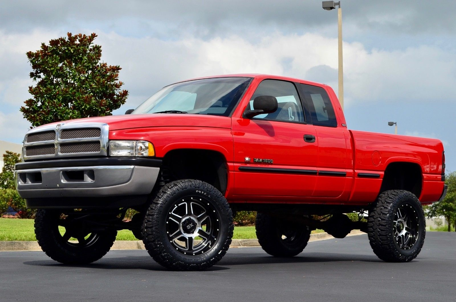 top shape 1998 dodge ram 1500 laramie slt 4wd lifted for sale. Black Bedroom Furniture Sets. Home Design Ideas