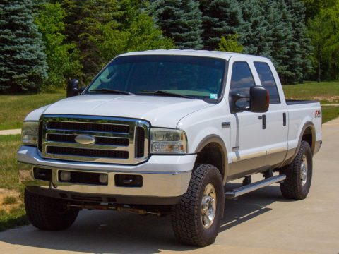 upgraded 2005 Ford F 250 4WD Lariat lifted for sale
