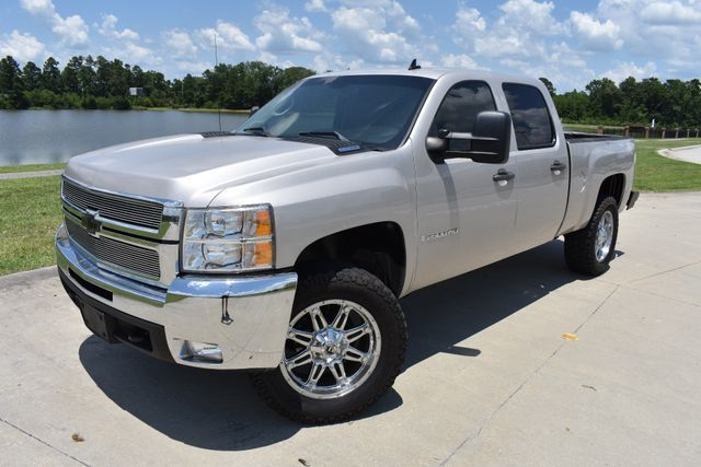 custom wheels 2007 Chevrolet Silverado 1500 LT lifted