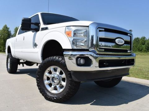 great shape 2011 Ford F 250 Lariat lifted for sale