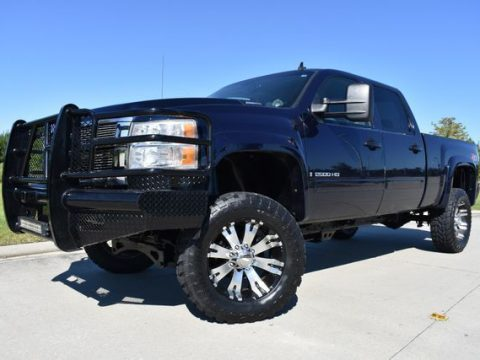 custom wheels 2008 Chevrolet Silverado 2500 LTZ lifted for sale