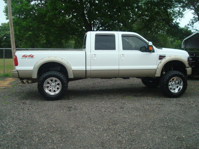decent mileage 2008 Ford F 250 KING RANCH lifted