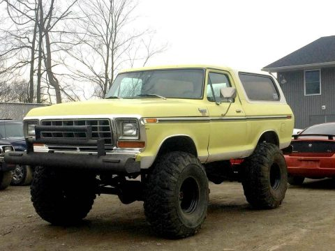 indestructible 1979 Ford Bronco XLT lifted for sale