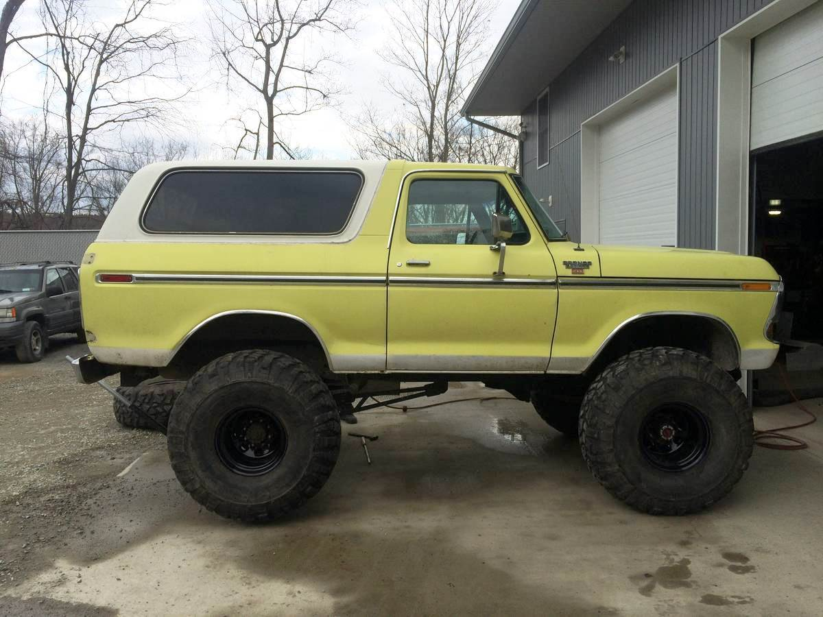 indestructible 1979 Ford Bronco XLT lifted