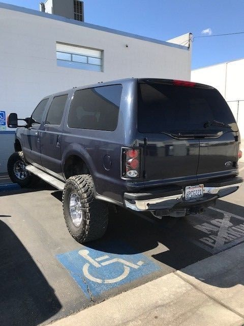 loaded 2000 Ford Excursion LIMITED lifted truck