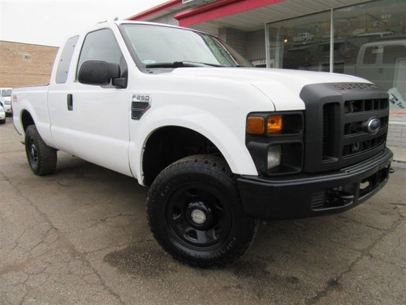 solid 2008 Ford F 250 XL Supercab pickup lifted