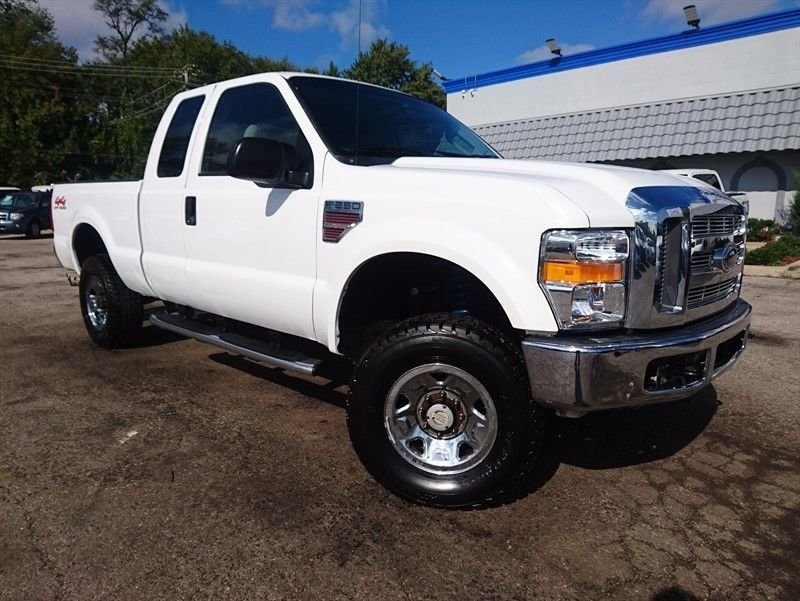 well equipped 2008 Ford F 250 XLT Supercab lifted