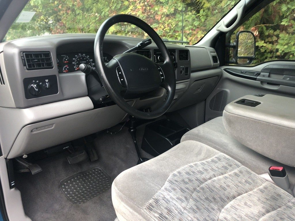 well serviced 2000 Ford F 250 XLT V10 Super DUTY lifted