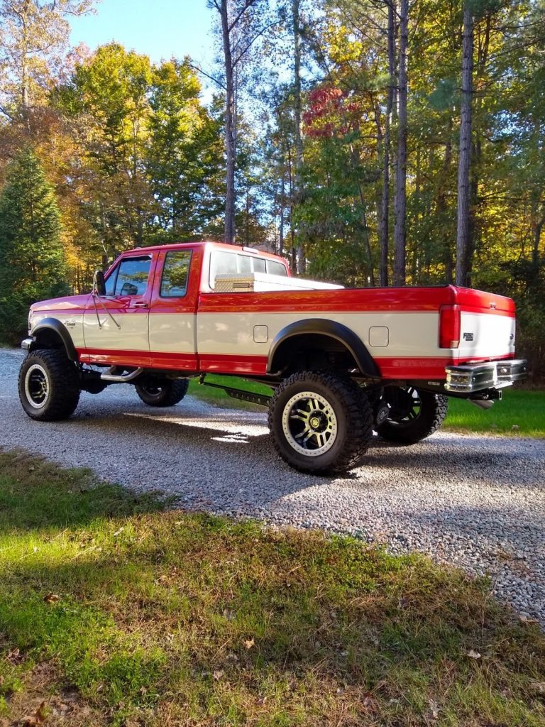 clean 1997 Ford F 250 lifted pickup