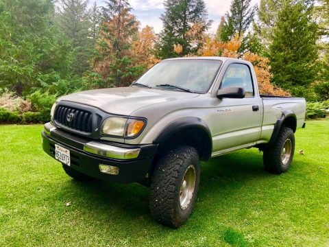 new paint 2003 Toyota Tacoma lifted for sale