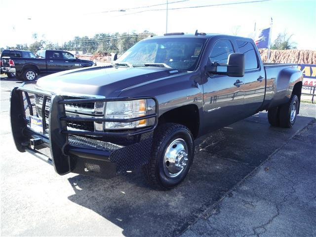clean  2010 Chevrolet Silverado 3500 DRW LTZ lifted for sale