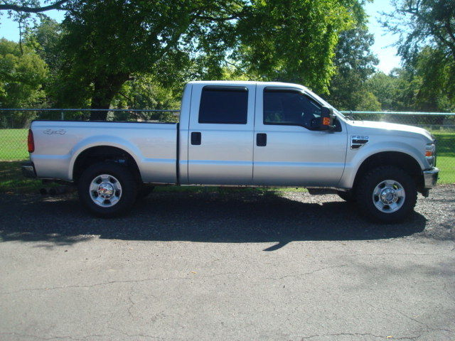 great shape 2010 Ford F 250 XLT lifted