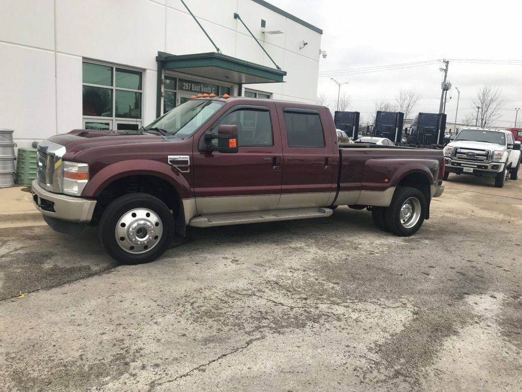 low miles 2010 Ford F 450 KING RANCH lifted