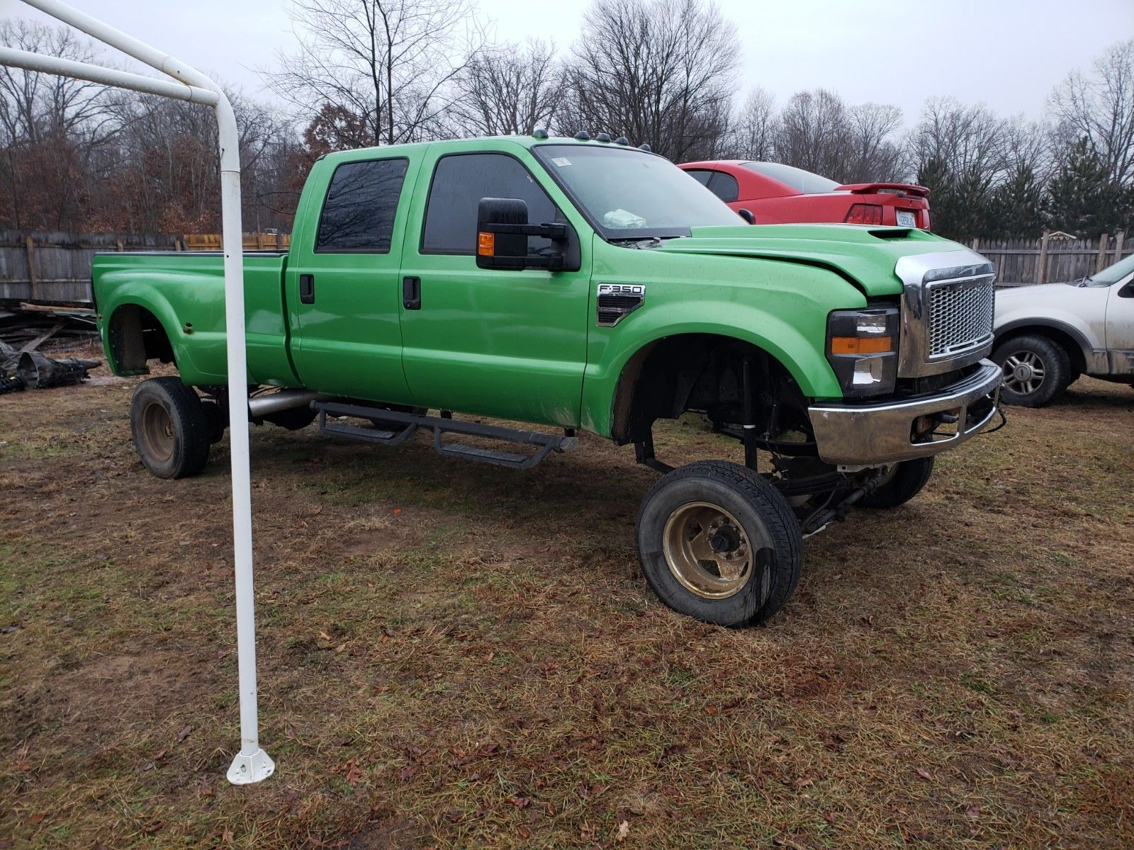 running 2000 Ford F 350 lifted for sale