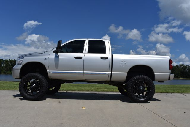 well equipped 2008 Dodge Ram 2500 Laramie lifted