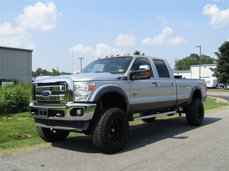 2011 Ford F 350 Super Duty Lariat lifted