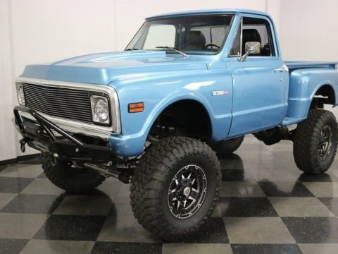 very nice 1971 Chevrolet C 10 4X4 Pickup lifted for sale