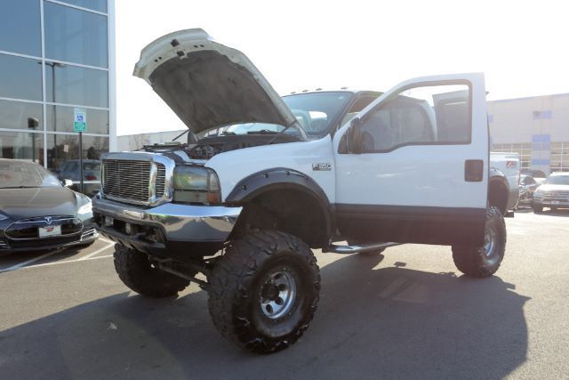 well optioned 2001 Ford F 350 XLT Supercab lifted