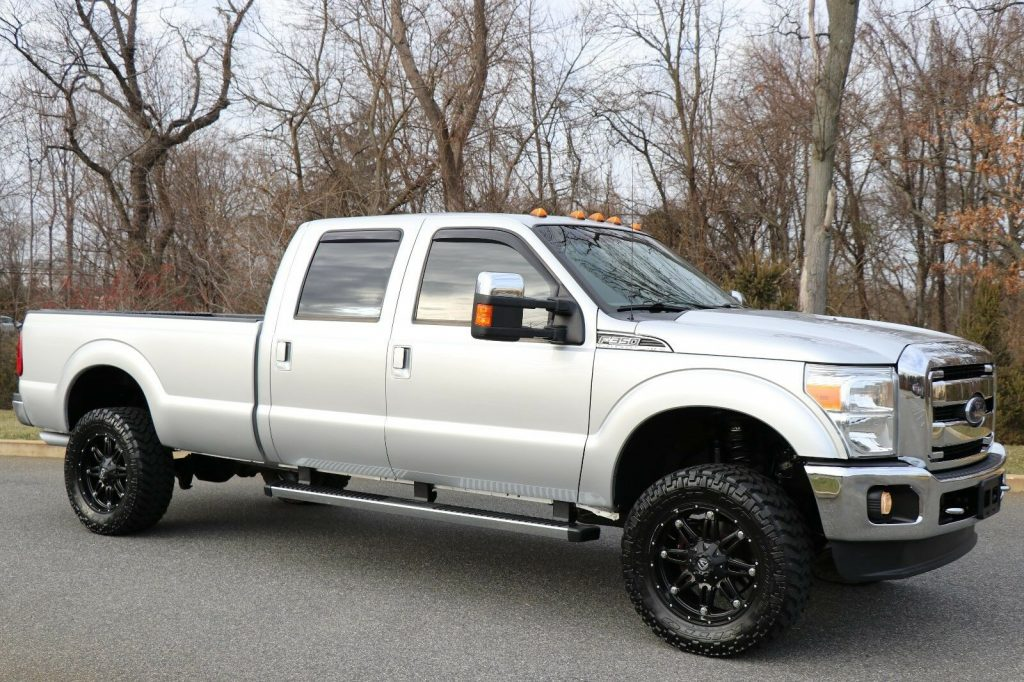 fully loaded 2012 Ford F 350 LARIAT lifted
