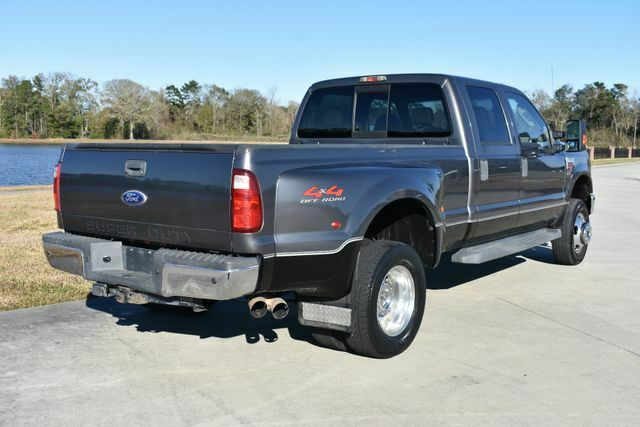 great shape 2008 Ford F350 Lariat lifted