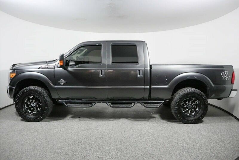 loaded 2016 Ford F 250 XLT pickup lifted