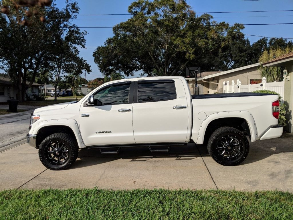 low miles 2018 Toyota Tundra Limited lifted