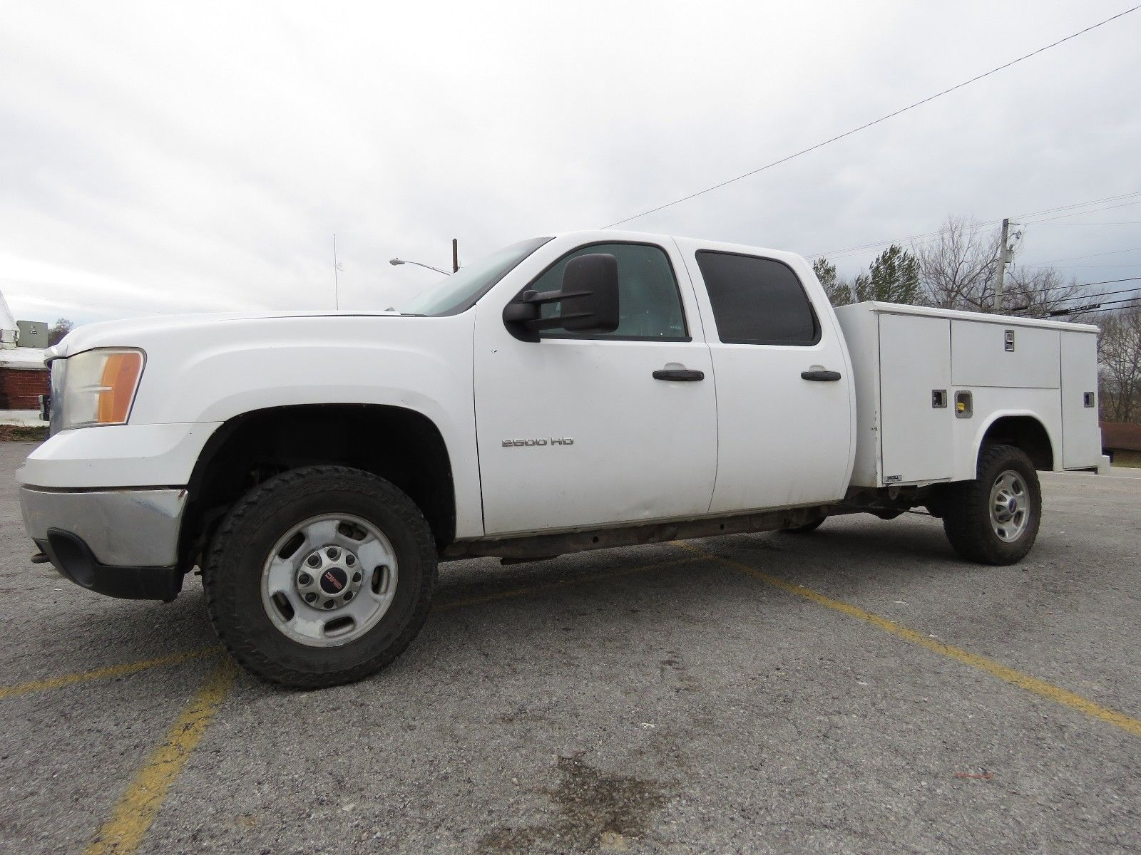 utility bed 2012 Chevrolet Silverado 2500 lifted for sale