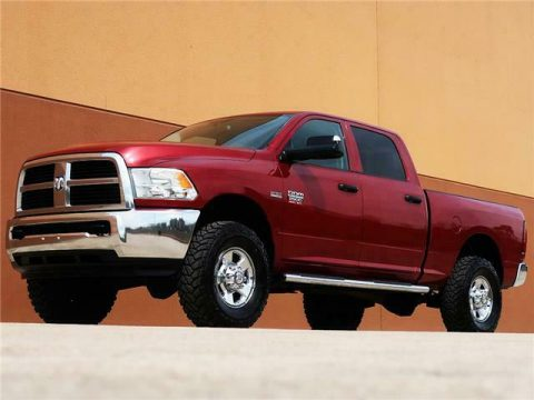 great shape 2012 Dodge Ram 2500 ST lifted for sale