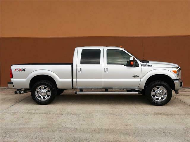 well optioned 2013 Ford F 250 Lariat lifted
