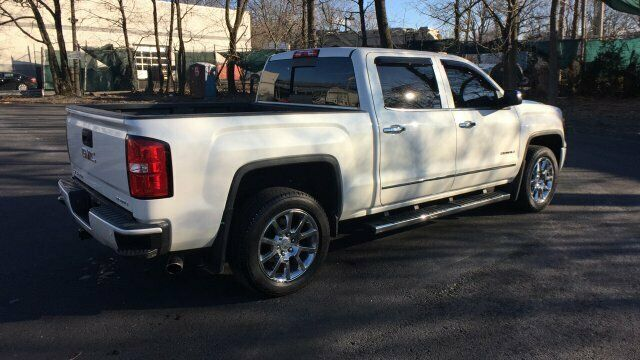 well equipped 2014 GMC Sierra 1500 Denali lifted