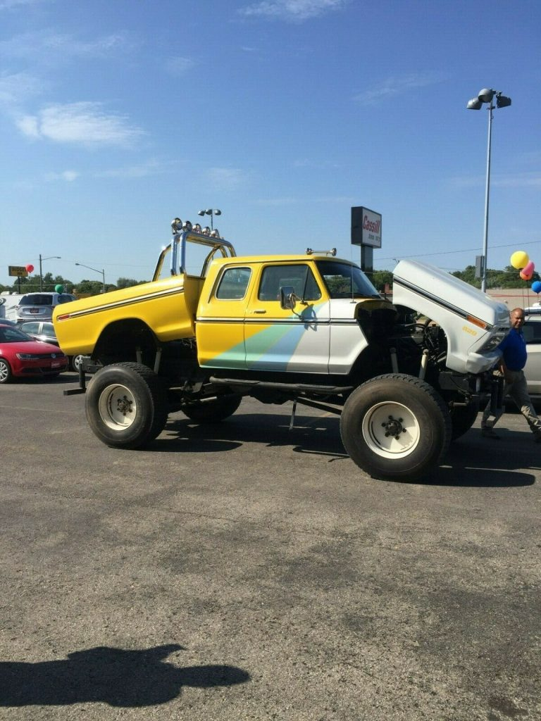 dual engines 1977 Ford F 250 xlt lifted