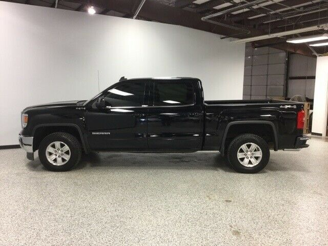 well equipped 2015 GMC Sierra 1500 SLE lifted