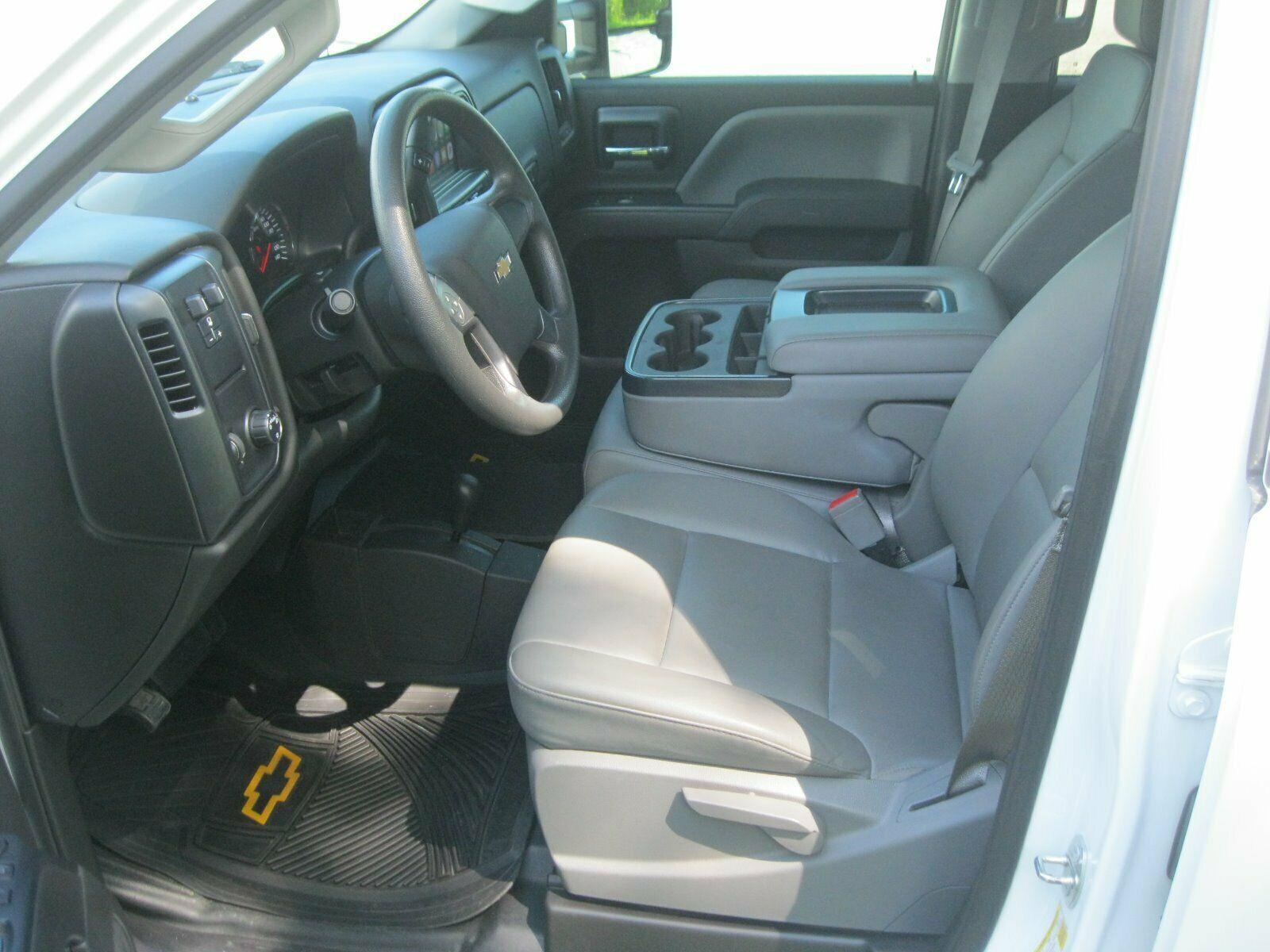 amazing shape 2016 Chevrolet Silverado 2500 lifted