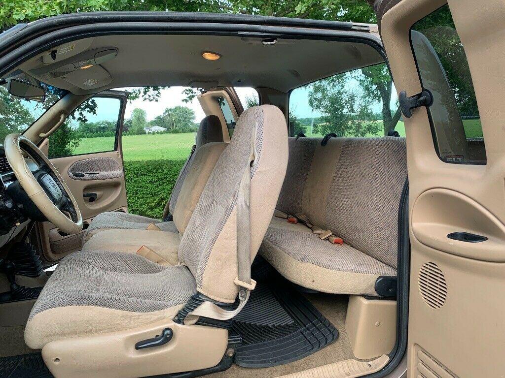 customized 2001 Dodge Ram 2500 pickup lifted