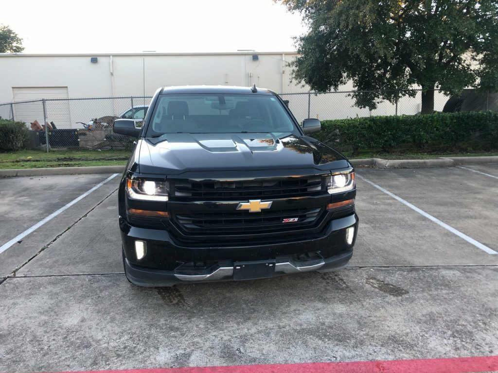 excellent shape 2016 Chevrolet Silverado 1500 Z71 lifted