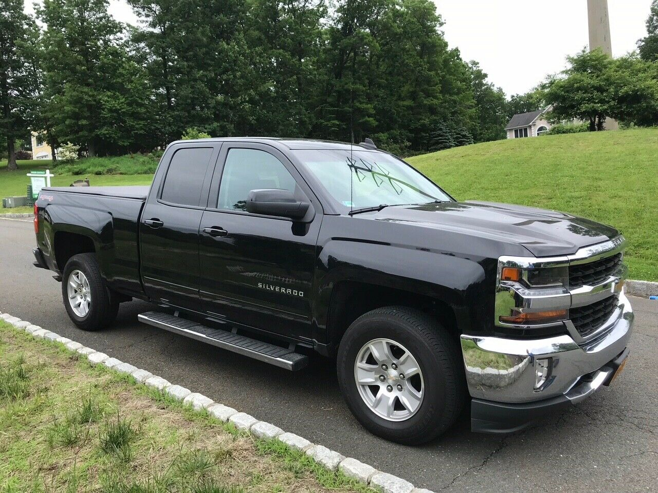 great shape 2016 Chevrolet Silverado 1500 LT lifted