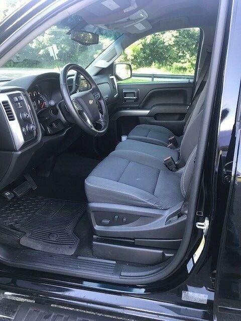 great shape 2016 Chevrolet Silverado 1500 LT lifted