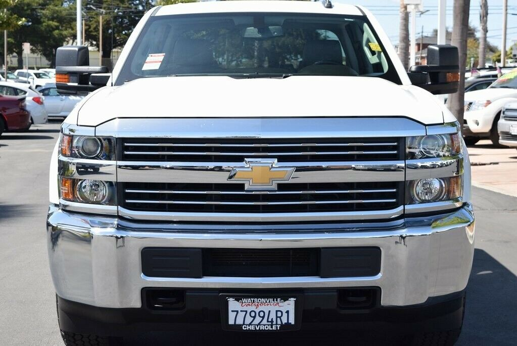 low miles 2016 Chevrolet Silverado 2500 HD lifted for sale
