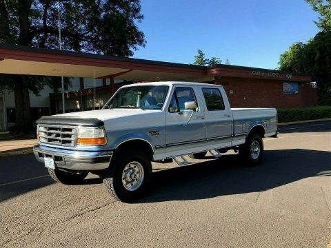 well maintained 1997 Ford F 250 XLT HD lifted for sale