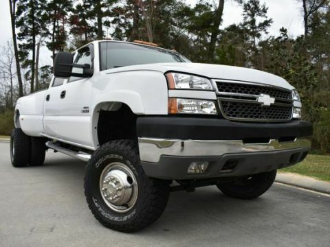 great shape 2005 Chevrolet Silverado 3500 DRW LS lifted for sale