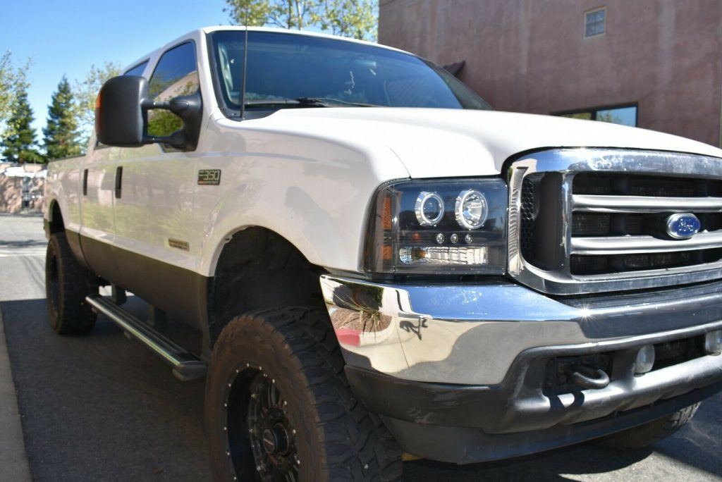 upgraded 2003 Ford F 350 Lariat lifted