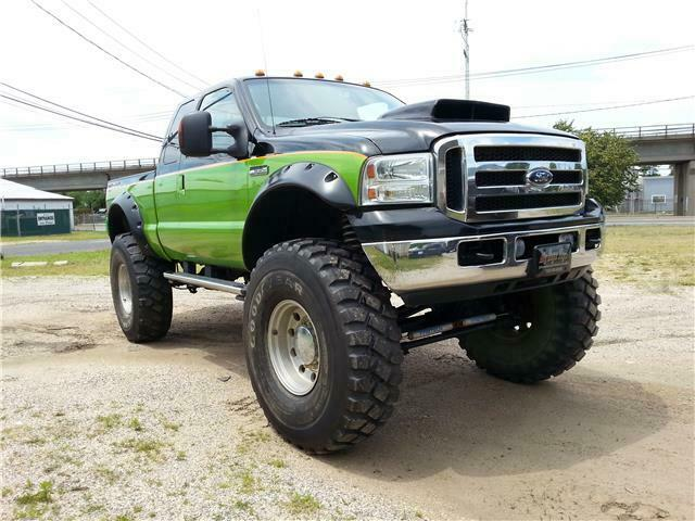 well modified 2006 Ford F 250 XL lifted for sale