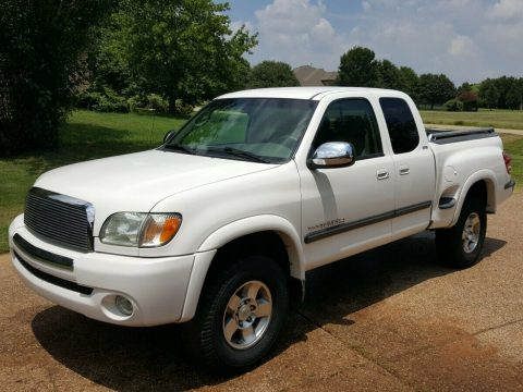 well serviced 2003 Toyota Tundra SR5 lifted for sale